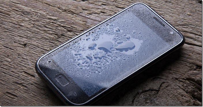 Как высушить промокший телефон